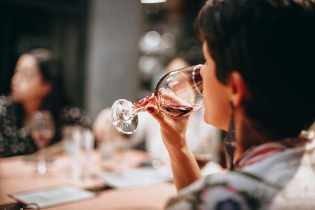 3 steps to avoid liver damage rethink drinking | Elika Tasker